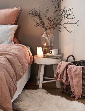 Genius Rustic Scandinavian Bedroom Design Ideas 26