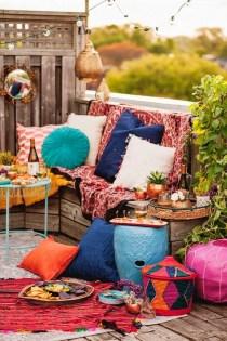 Impressive Balcony Garden Design Ideas 05