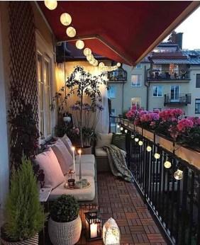 Impressive Balcony Garden Design Ideas 17
