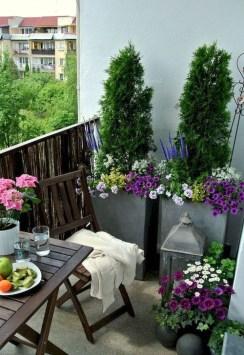 Impressive Balcony Garden Design Ideas 24