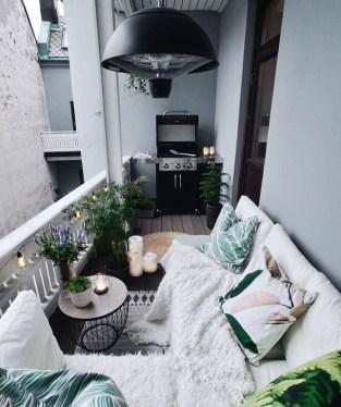 Impressive Balcony Garden Design Ideas 32