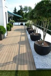 Impressive Balcony Garden Design Ideas 34