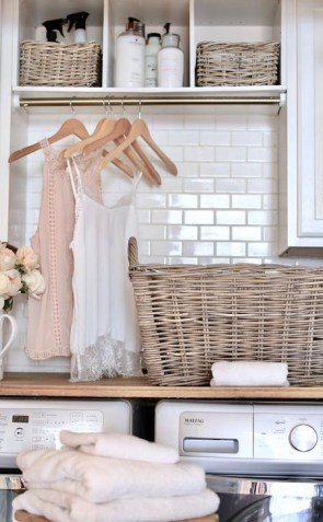 Innovative Laundry Room Design With French Country Style 46