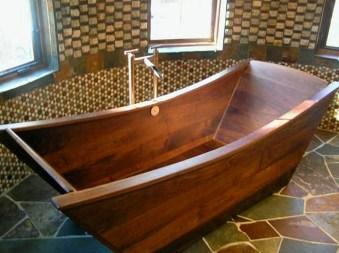 Marvelous Wooden Bathtub Design Ideas To Get Relax 18