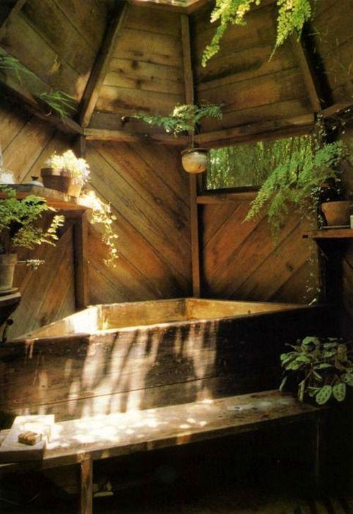 Marvelous Wooden Bathtub Design Ideas To Get Relax 37