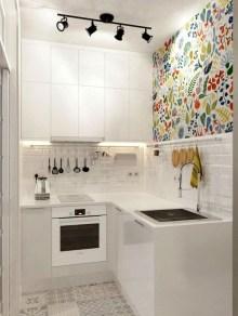 Minimalist Small White Kitchen Design Ideas 38