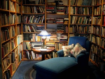 Wonderful Home Library Design Ideas To Make Your Home Look Fantastic 47