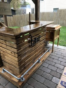 Cheap And Easy DIY Outdoor Bars Ideas 33