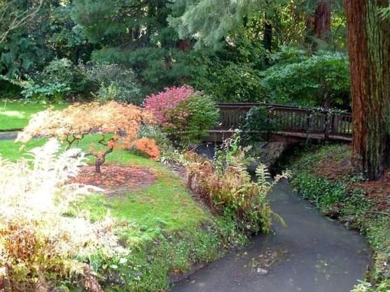 Cool Garden Bridge Ideas You Will Totally Love 23