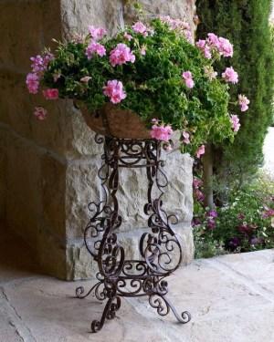 Creative Front Door Flowers Pot Ideas 31