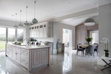 Magnificient Open Plan Kitchen With Feature Island Ideas 03