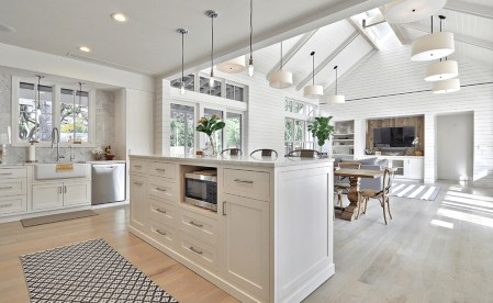 Magnificient Open Plan Kitchen With Feature Island Ideas 30