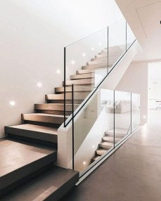 Perfect Glass Staircase Design Ideas 21