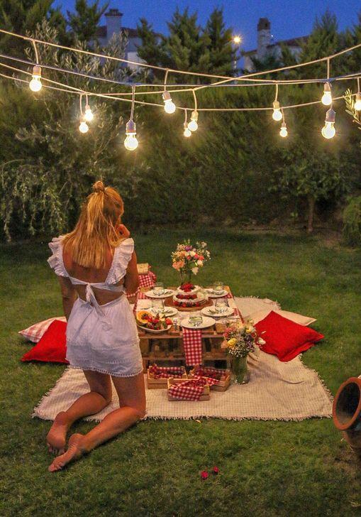 Romantic Backyard Garden Ideas You Should Try 06