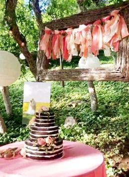 Romantic Backyard Garden Ideas You Should Try 33