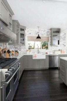 Stunning Dark Grey Kitchen Design Ideas 24