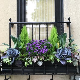 Wonderful Window Box Planters Yo Beautify Up Your Home 04