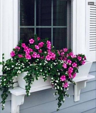 Wonderful Window Box Planters Yo Beautify Up Your Home 25