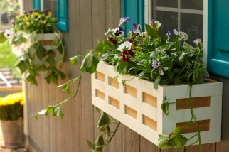 Wonderful Window Box Planters Yo Beautify Up Your Home 47