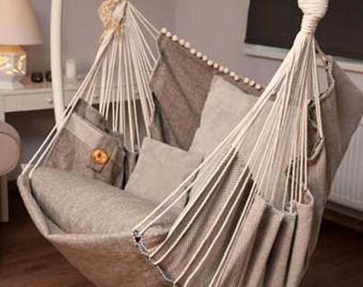Affordable Backyard Hammock Decor Ideas For Summer Vibes 11