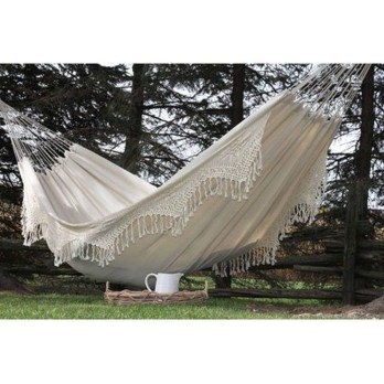 Affordable Backyard Hammock Decor Ideas For Summer Vibes 21