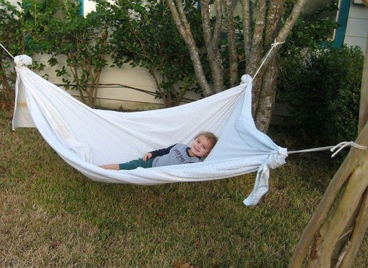 Affordable Backyard Hammock Decor Ideas For Summer Vibes 42