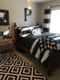 Charming Bedroom Furniture Ideas To Get Farmhouse Vibes 02