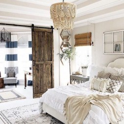 Charming Bedroom Furniture Ideas To Get Farmhouse Vibes 39
