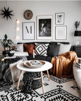 Creative Lighting Decor Ideas For Living Room Design 43