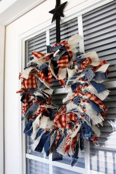 Easy And Cheap DIY 4th Of July Decoration Ideas 37