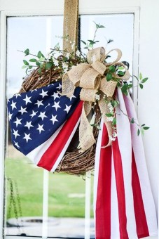 Easy And Cheap DIY 4th Of July Decoration Ideas 39