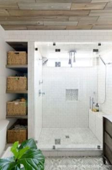 Elegant Wood Decor Ideas For Your Bathroom Design 24