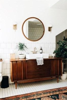 Elegant Wood Decor Ideas For Your Bathroom Design 36