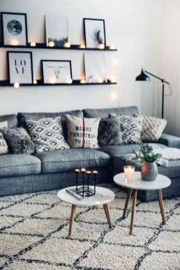 Impressive Small Living Room Ideas For Apartment 27