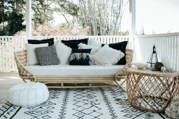 Magnificient Outdoor Lounge Ideas For Your Home 20