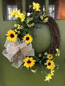 Most Popular DIY Summer Wreath You Will Totally Love 40