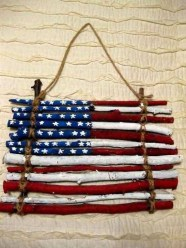 Super Patriotic Porch Independence Day Decoraion Ideas 11