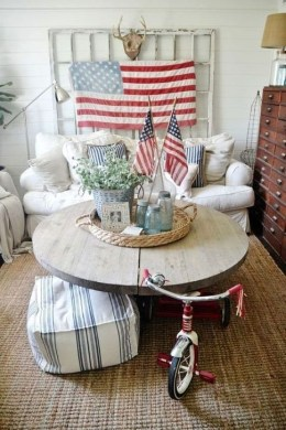 Unique Farmhouse Fourth July Decor Ideas That Inspire You 06