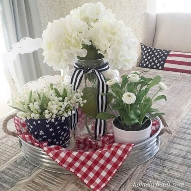 Unique Farmhouse Fourth July Decor Ideas That Inspire You 41