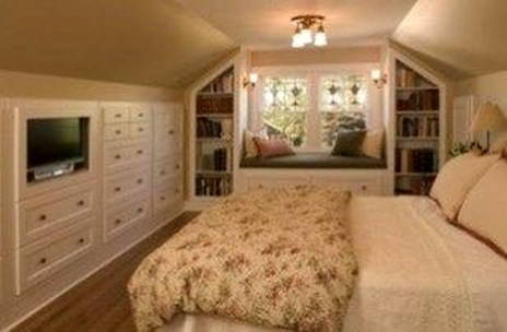 Comfy Attic Bedroom Design And Decoration Ideas 02