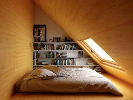 Comfy Attic Bedroom Design And Decoration Ideas 03