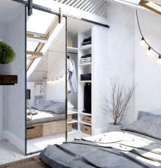 Comfy Attic Bedroom Design And Decoration Ideas 27