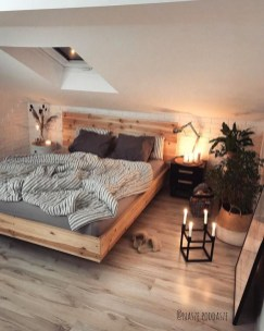 Comfy Attic Bedroom Design And Decoration Ideas 32