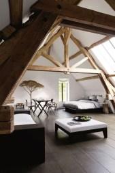 Comfy Attic Bedroom Design And Decoration Ideas 48