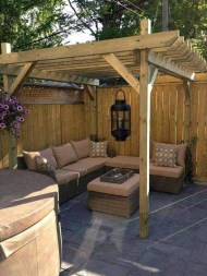 Impressive Seating Area In The Garden For Decoration 10