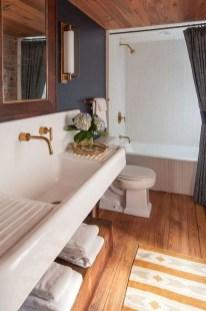 Inspiring Bathroom Decoration Ideas With Farmhouse Style 05