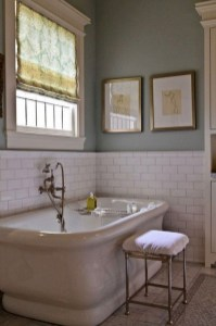 Inspiring Bathroom Decoration Ideas With Farmhouse Style 12