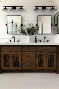 Inspiring Bathroom Decoration Ideas With Farmhouse Style 22