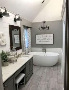 Inspiring Bathroom Decoration Ideas With Farmhouse Style 35