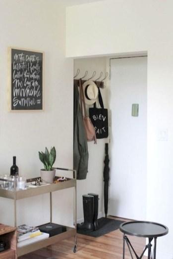 Romantic DIY Couple Apartment Decoration Ideas 12